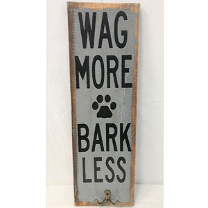 sign - wag more/bark less + 1 brass hook - 45x15cm