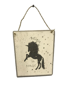 sign - unicorn - believe in magic - 20cm x 25cm