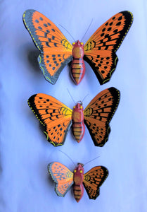 Description butterfly - SET OF 3 - for wall - orange - wood/handpainted