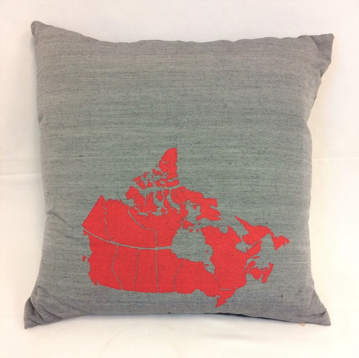 cushion - Canada Map - grey w/ red map - 40cm - COMPLETE