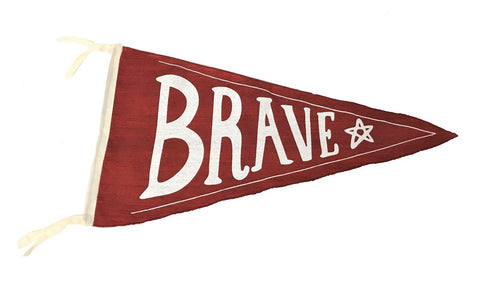 flag - pennant - brave - red - 40x40x22