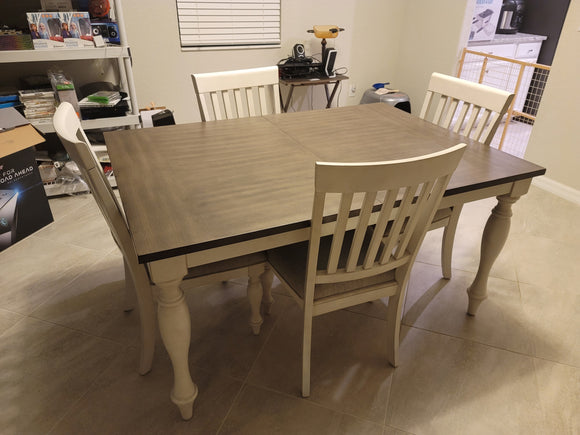 Grand Bay Dining Table Set