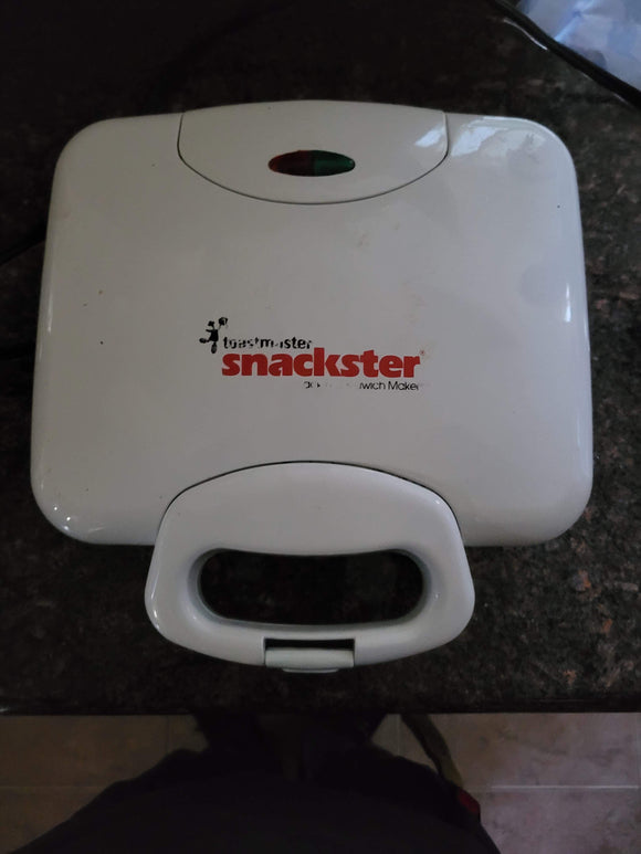 Snackster - Grilled Cheese Maker