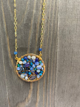 Load image into Gallery viewer, Blue Beaded Circle Necklace