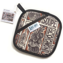 Load image into Gallery viewer, French Onion Soup illustrated recipe pot holder lino cut by Kate Guy
