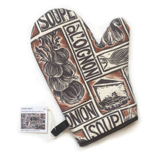 Load image into Gallery viewer, French Onion Soup illustrated recipe organic cotton oven mitt lino cut by Kate Guy