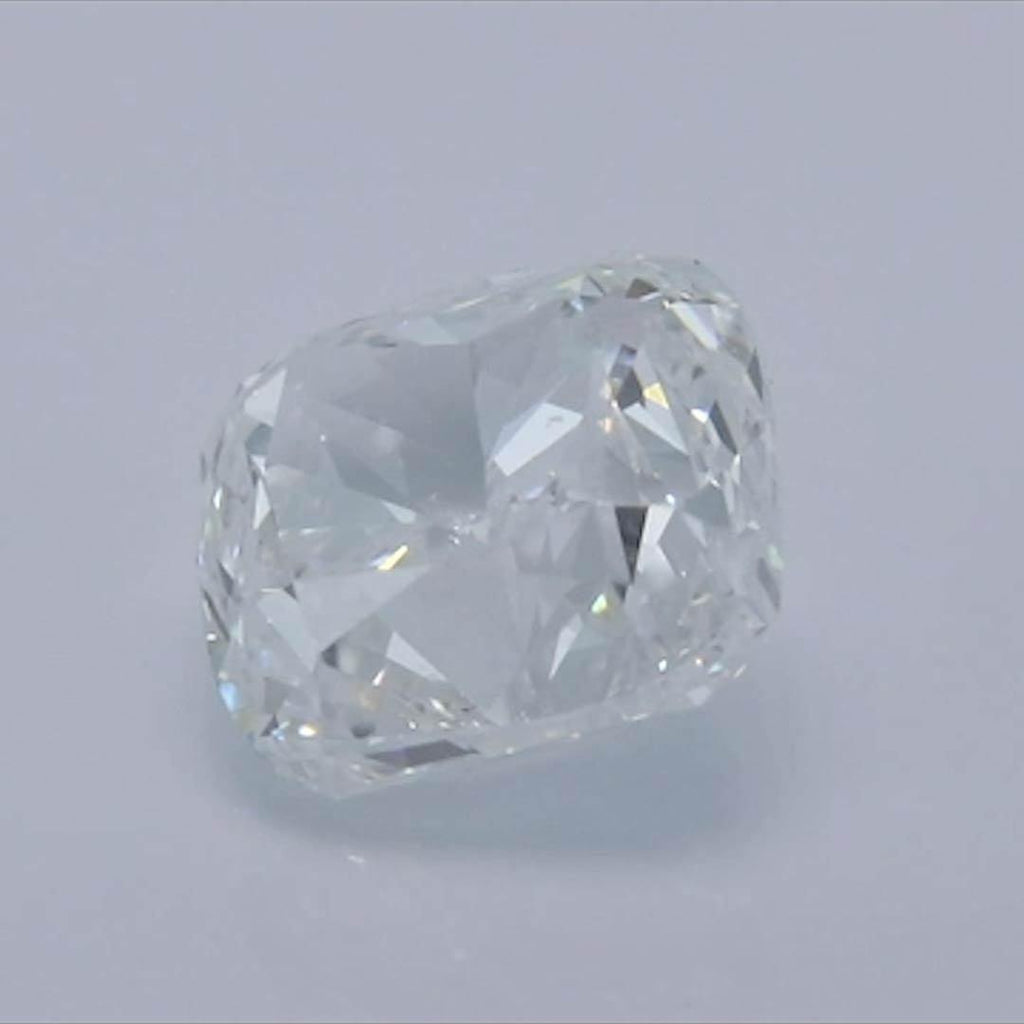 Cushion Diamond - Carat Weight: 0.9