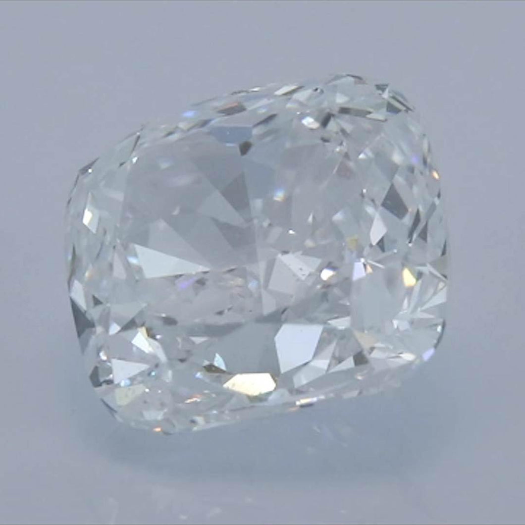 Cushion Diamond<br>Carat Weight: 1.6