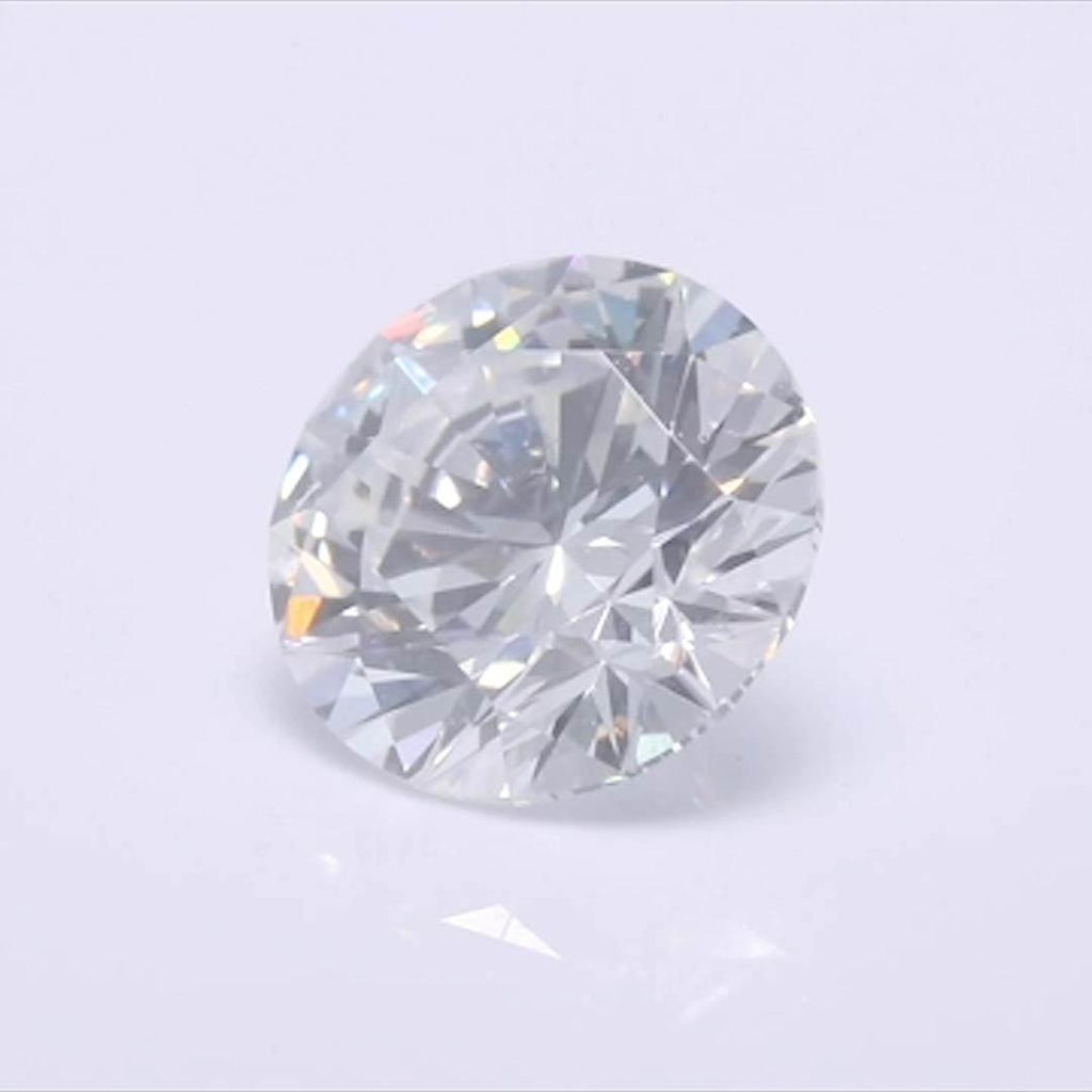 Round Diamond - Carat Weight: 0.52