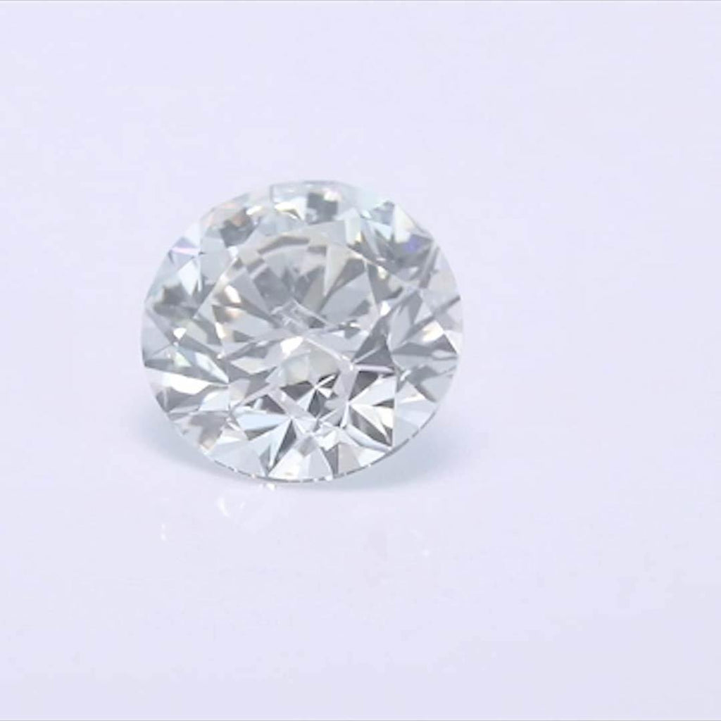 Round Diamond - Carat Weight: 0.54