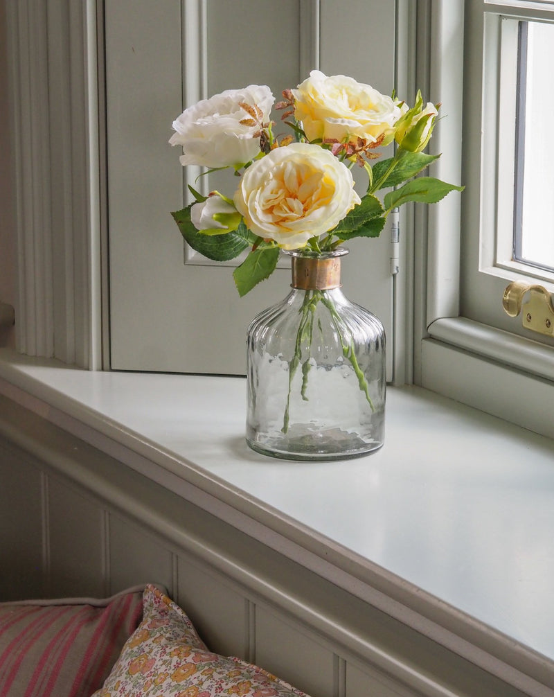Little Roses: Lemon (with vase)