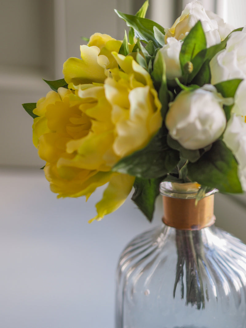 Little Buds Peonies : White/ Green  ( with vase)