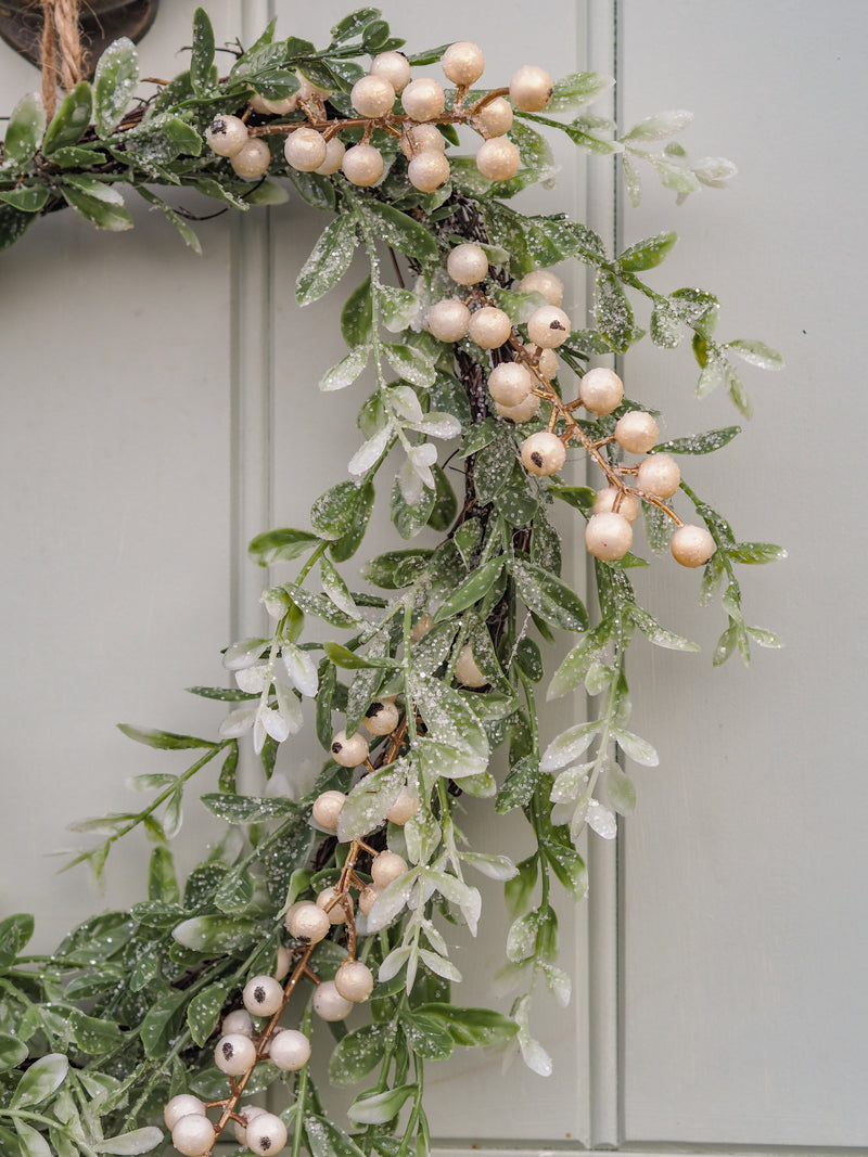 Snowberry Sparkle Wreath
