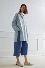 DRESDEN Oversized Shirt With V-Neckline