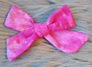 Pink tie dye cotton bow