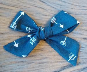 Navy arrow cotton bow