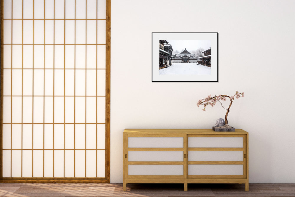 Load image into Gallery viewer, Snow in Old Tokyo