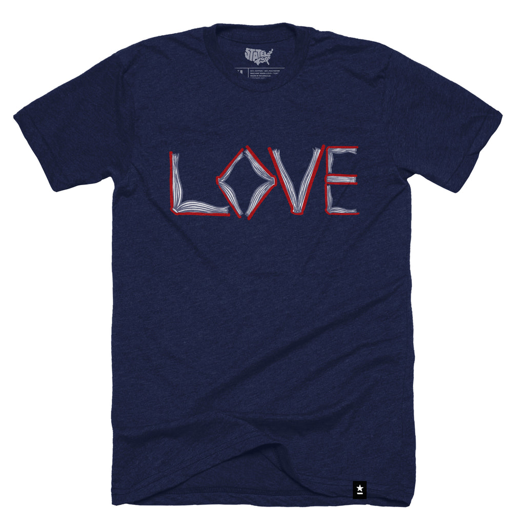 Love of Books T-shirt (Crewneck) - Stately Type