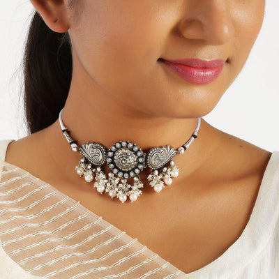Pearl Silver Choker Necklaces - By Unniyarcha - Original Manufacturers of Silver Jewelry, Gold Plated Jewellery, Fashion Jewellery and Personalized Soul Bands and Personalized Jewelry