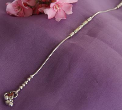 Plain Silver Chain Anklet With Beads - By Unniyarcha - Original Manufacturers of Silver Jewelry, Gold Plated Jewellery, Fashion Jewellery and Personalized Soul Bands and Personalized Jewelry