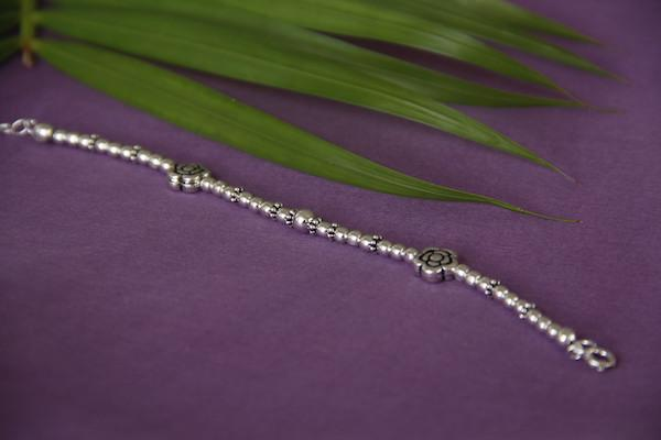 Silver Flower Anklet for Kids Baby jewelry - By Unniyarcha - Original Manufacturers of Silver Jewelry, Gold Plated Jewellery, Fashion Jewellery and Personalized Soul Bands and Personalized Jewelry
