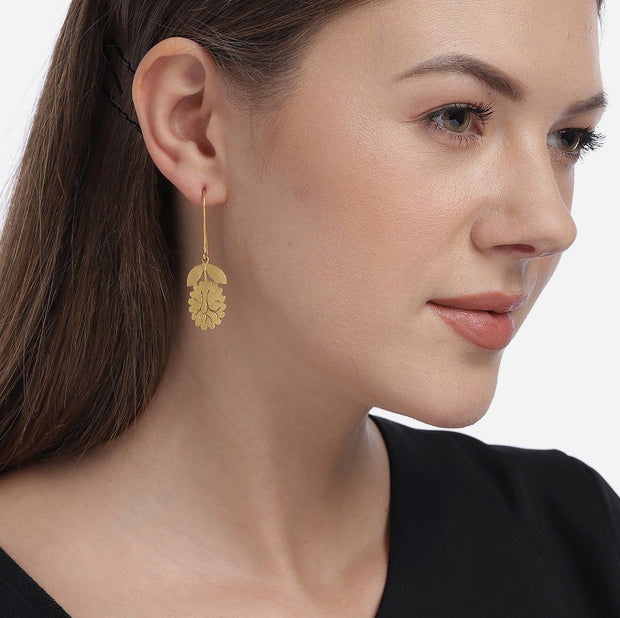Silver Gold Plated Leaf Earring - By Unniyarcha - Original Manufacturers of Silver Jewelry, Gold Plated Jewellery, Fashion Jewellery and Personalized Soul Bands and Personalized Jewelry