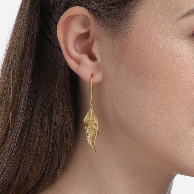 Silver Gold Plated Twisted Leaf Earring - By Unniyarcha - Original Manufacturers of Silver Jewelry, Gold Plated Jewellery, Fashion Jewellery and Personalized Soul Bands and Personalized Jewelry