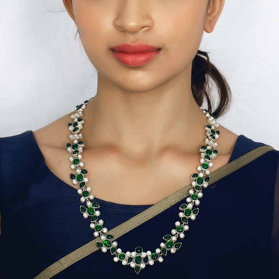 Silver green jadau necklace - By Unniyarcha - Original Manufacturers of Silver Jewelry, Gold Plated Jewellery, Fashion Jewellery and Personalized Soul Bands and Personalized Jewelry
