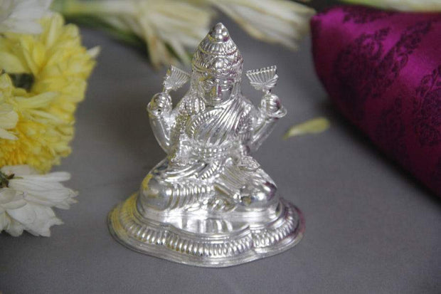 Silver Lakshmi idol - By Unniyarcha - Original Manufacturers of Silver Jewelry, Gold Plated Jewellery, Fashion Jewellery and Personalized Soul Bands and Personalized Jewelry