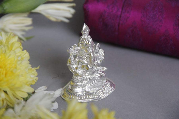 Silver small Ganesh idol - By Unniyarcha - Original Manufacturers of Silver Jewelry, Gold Plated Jewellery, Fashion Jewellery and Personalized Soul Bands and Personalized Jewelry