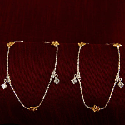 Silver Two Tone Flower Anklet Anklets - By Unniyarcha - Original Manufacturers of Silver Jewelry, Gold Plated Jewellery, Fashion Jewellery and Personalized Soul Bands and Personalized Jewelry