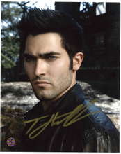 Load image into Gallery viewer, Tyler Hoechlin Signed Photo