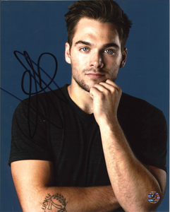 Dylan Sprayberry Signed Photo