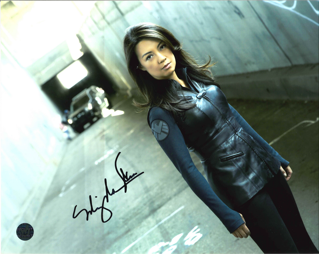 Ming-Na Wen Signed Agents Of S.H.I.E.L.D Photo