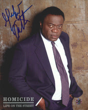 Load image into Gallery viewer, Yaphet Kotto Signed Homicide Photo