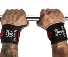 wrist wraps grip holding bar