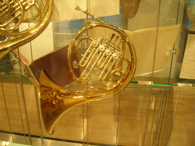 Dennis Brain horn on exhibit at the Royal Academy of Music
