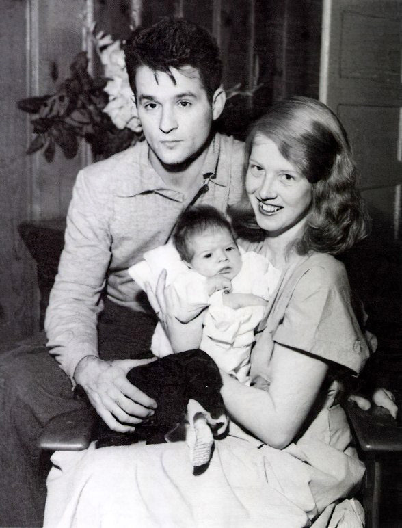Kapell with wife Rebecca Anna Lou Melson and son David, circa 1949