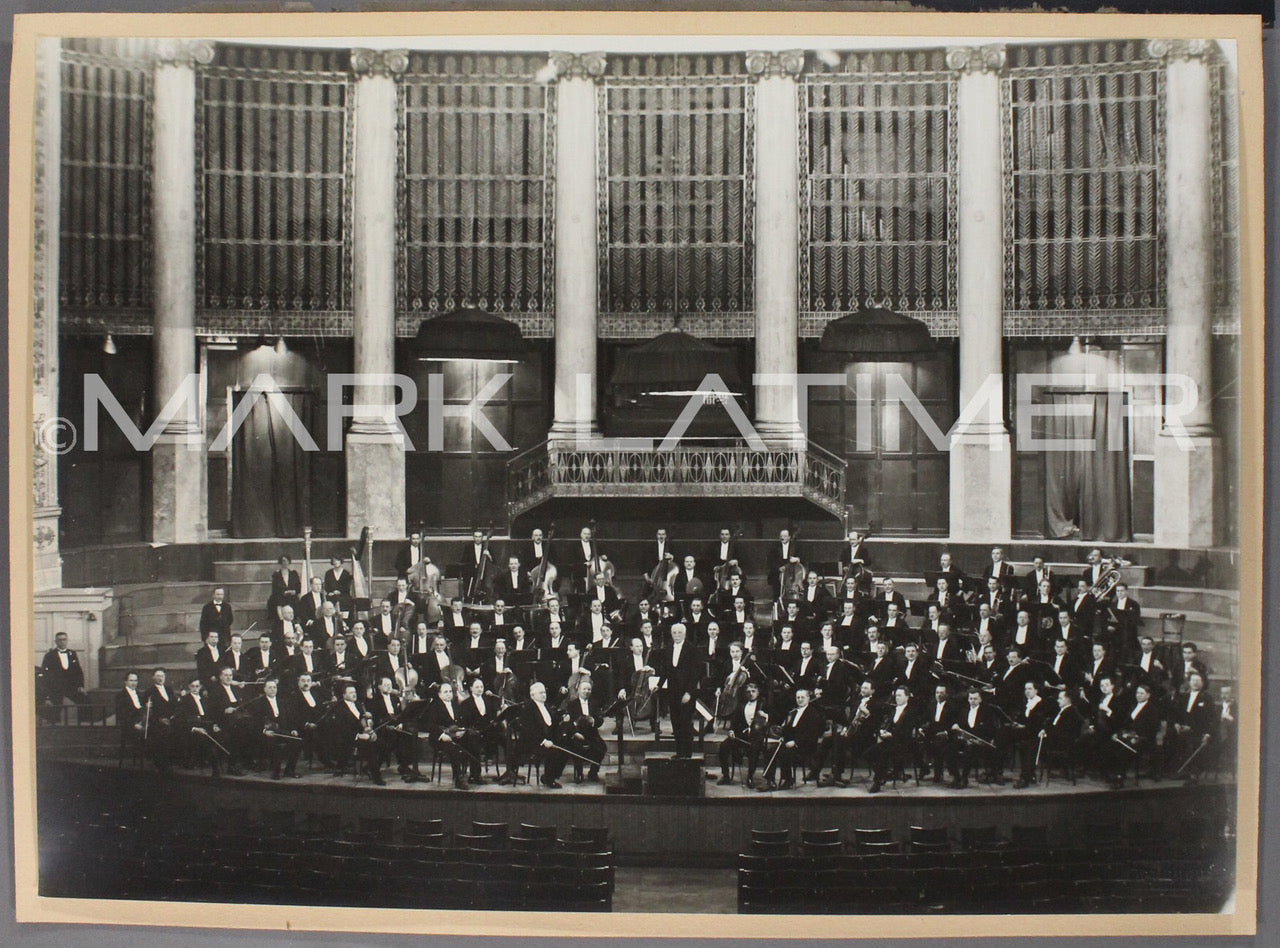 Richard Strauss conducting the Vienna Philharmonic Orchestra 1929