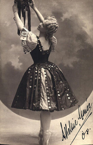 Genee, Adeline - Signed Photo Dancing 1908