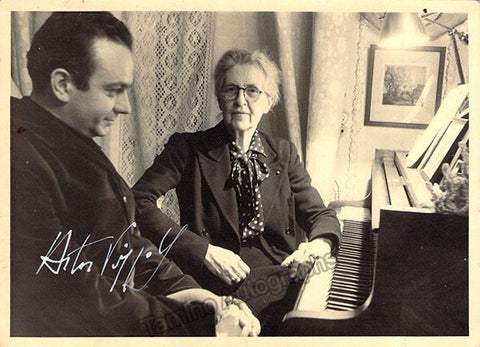 Piazzola, Astor - Signed Photo with Nadia Boulanger