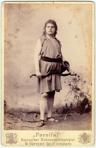 Dyck, Ernst van - Cabinet photo as Parsifal, Bayreuth 1880s