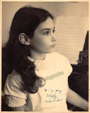 Dubow, Marilyn - Signed Photo as a Child