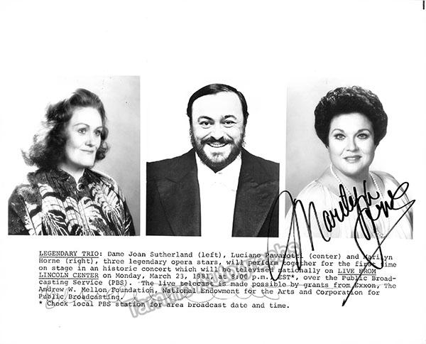 Marilyn_Horne_publicity_photo_with_Joan_Sutherland_and_Luciano_Pavarotti_GF4843_WM