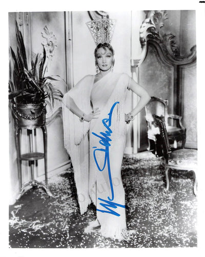Dietrich, Marlene - Signed Photo
