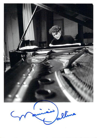 Vallina, Mauricio - Signed Photo