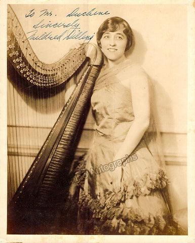 Dilling, Mildred - Signed Photo Young