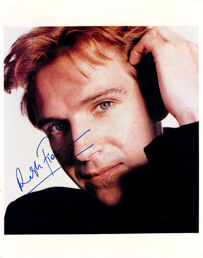 Fiennes, Ralph - Signed Photo