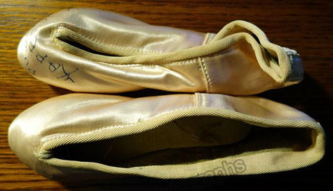 Karelskaya, Rimma - Signed Pointe Shoes