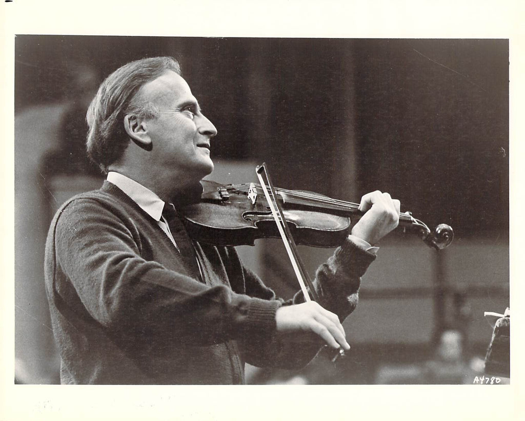 Violinsts - Lot of 17 Unsigned Photos